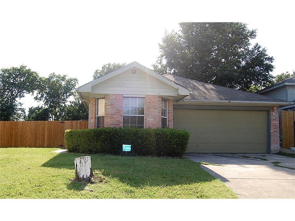 3133 Summerfield Lane, Grand Prairie, TX 75052
