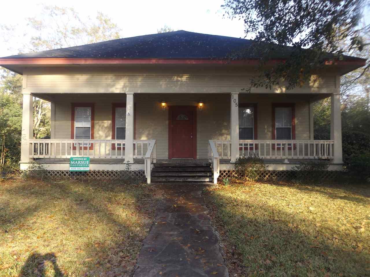 105 Houston Street, Newton, TX 75966