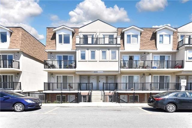 3035 W Finch Ave 2002, Toronto, ON M9M 0A3