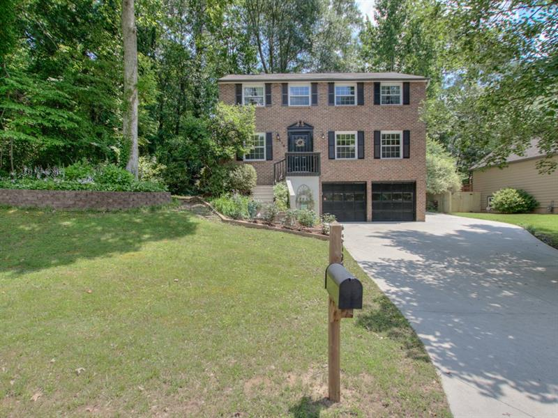 275 Roswell Farms Road, Roswell, GA 30075