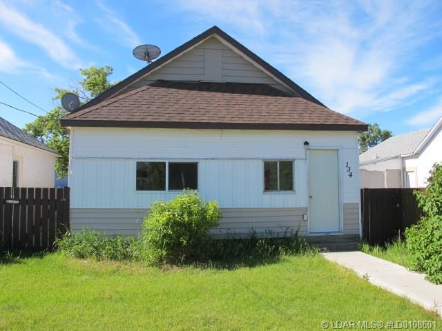 134 17 Street, Fort Macleod, AB T0L 0Z0