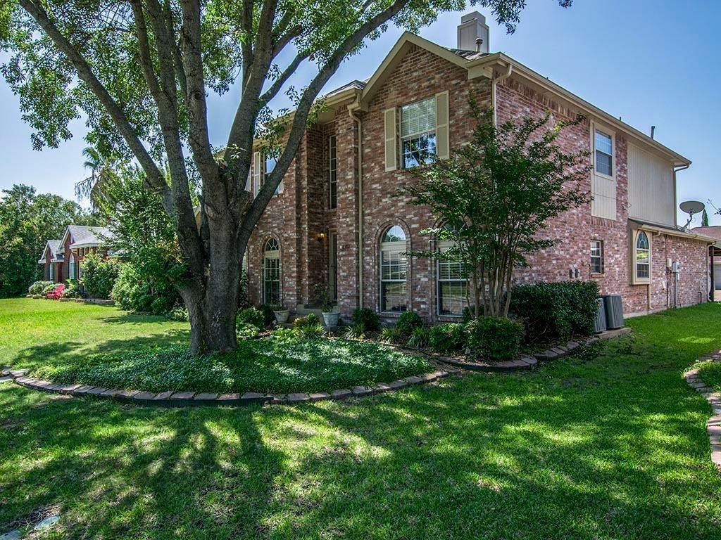 8302 Trail Lake Drive, Rowlett, TX 75088
