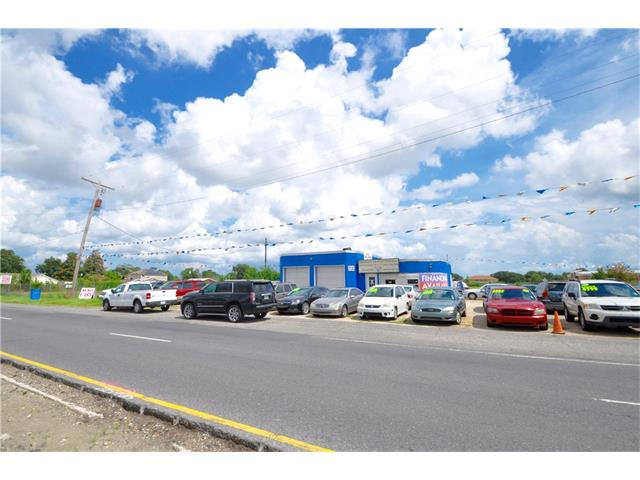 ST BERNARD Highway, Chalmette, LA 70043