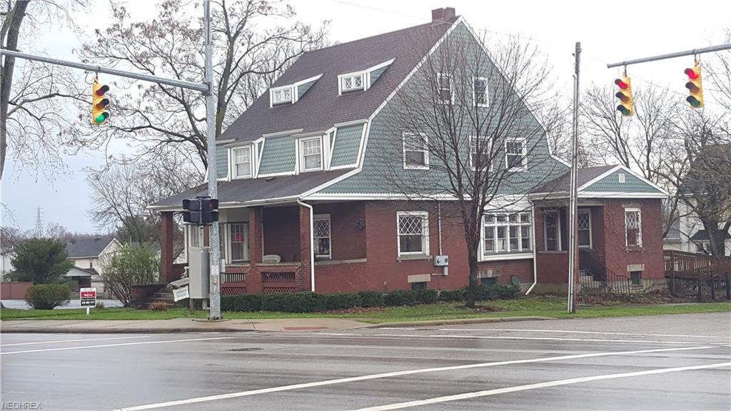 202 S State St, Girard, OH 44420