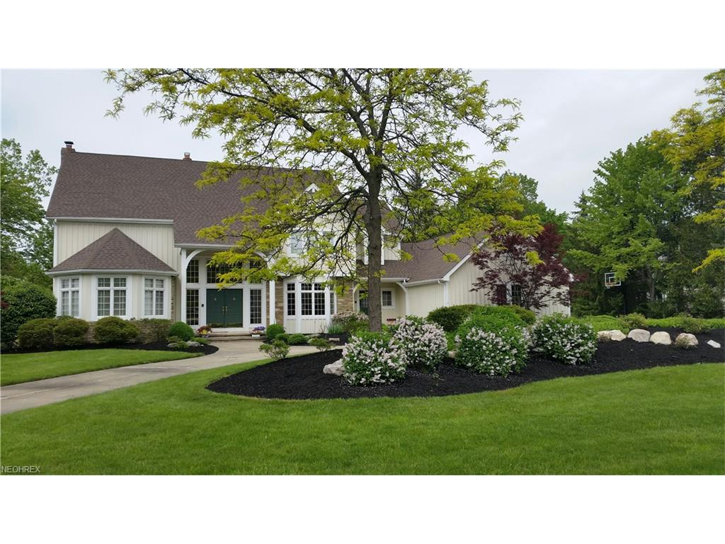 2584 Butterwing Rd, Pepper Pike, OH 44124