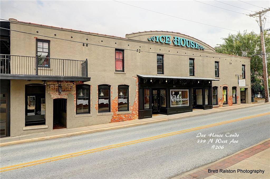 339 N West AVE, Fayetteville, AR 72701