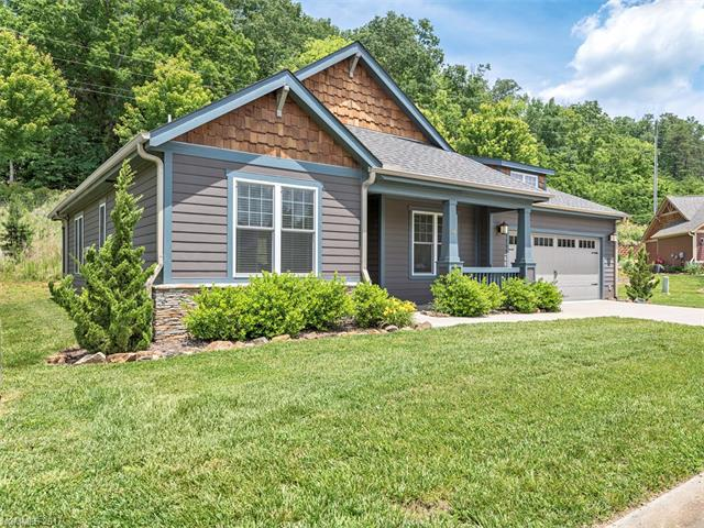46 Pinebrook Club Drive, Asheville, NC 28804