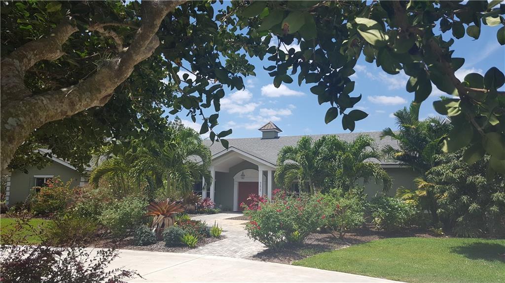 282 SE Harbor Point Drive, Stuart, FL 34996