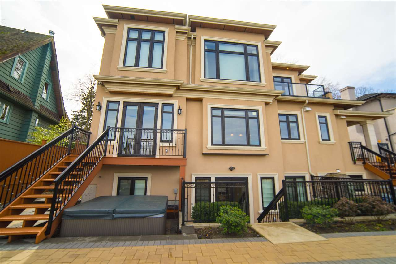 4131 CROWN CRESCENT, Vancouver, BC V6R 2A8