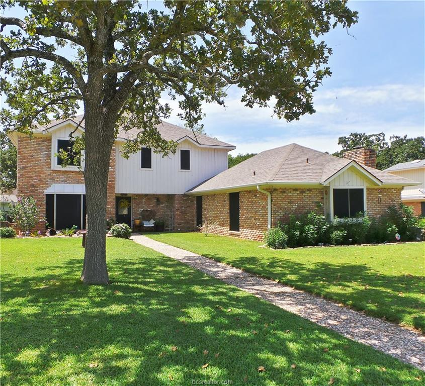 2705 Pinehurst Circle, Bryan, TX 77802