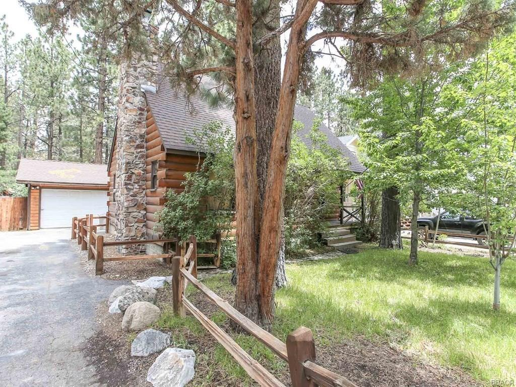 925 E Barker Boulevard, Big Bear City, CA 92314