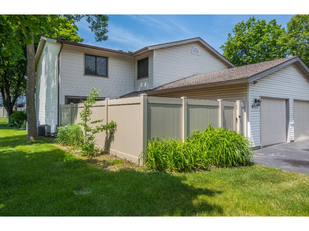 6711 Catherine Avenue 43, Inver Grove Heights, MN 55076