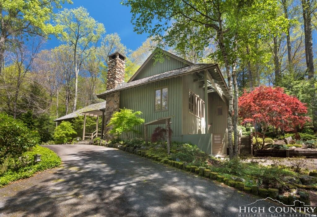 278 Mountain Springs Road, Linville, NC 28646