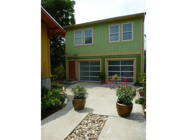 2104 Greenwood Ave #B, Austin, TX 78723