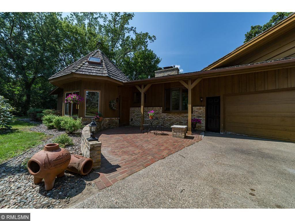8416 Palm Street NW, Coon Rapids, MN 55433