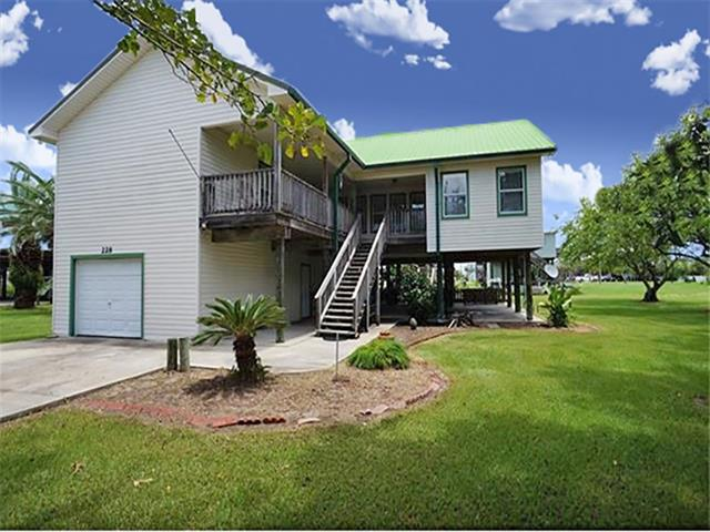228 WALNUT Lane, Grand Isle, LA 70358