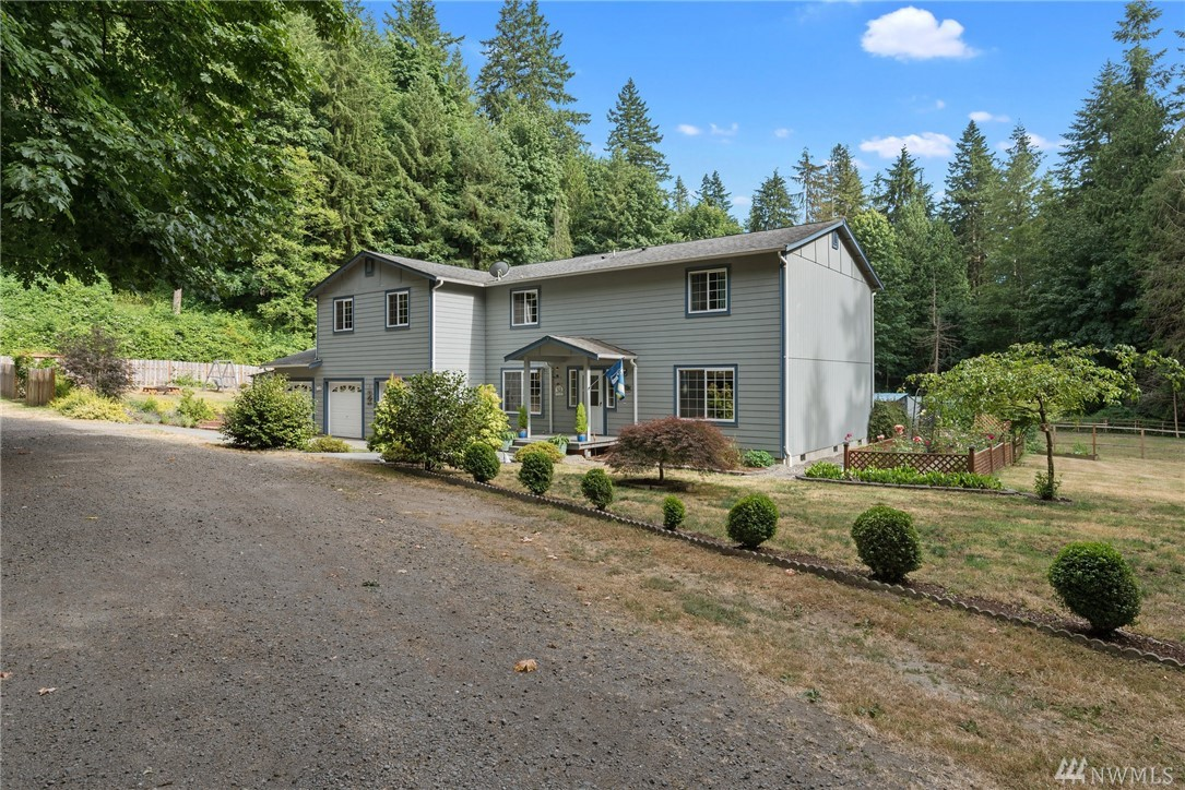 25442 Big Valley Rd NE, Poulsbo, WA 98370