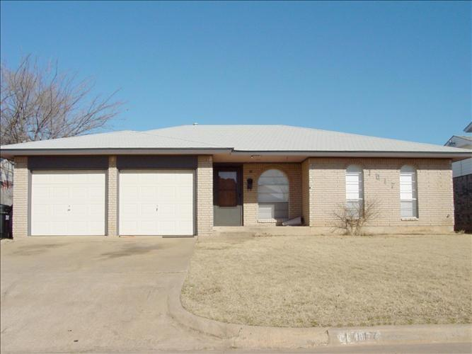 1017 NW 6th, Moore, OK 73160