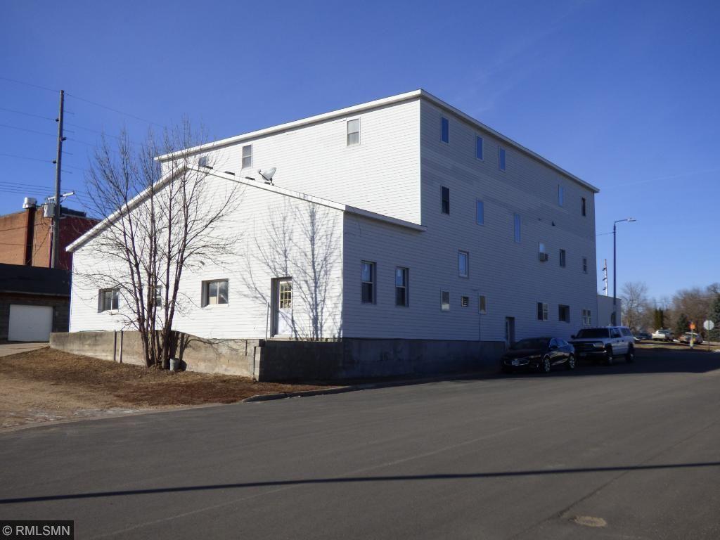 116 E Prince Street, Lake Crystal, MN 56055