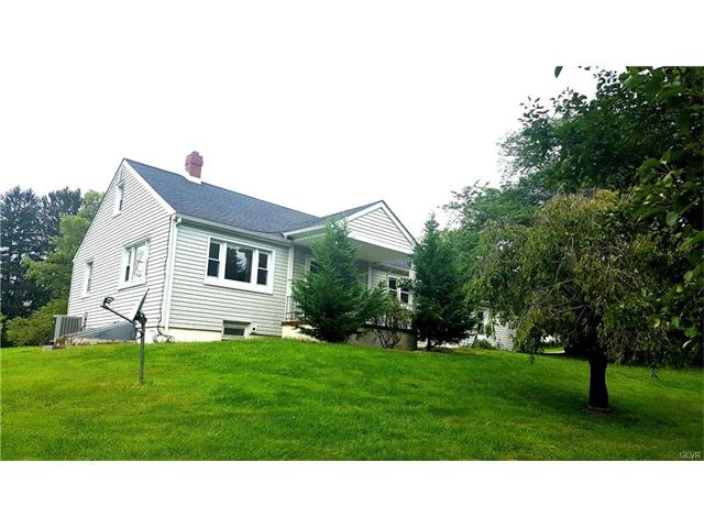 1452 Clauser Drive, Lower Saucon Twp, PA 18015