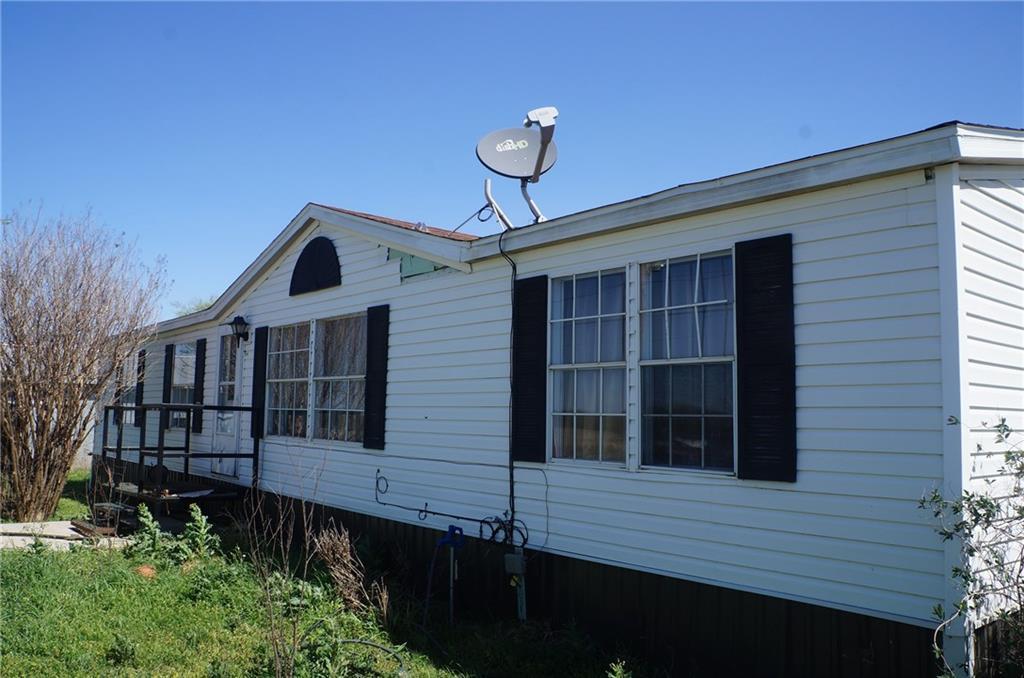 15977 N County Road 3080, Lindsay, OK 73052