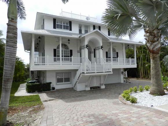 1971 SHEFFIELD, MARCO ISLAND, FL 34145