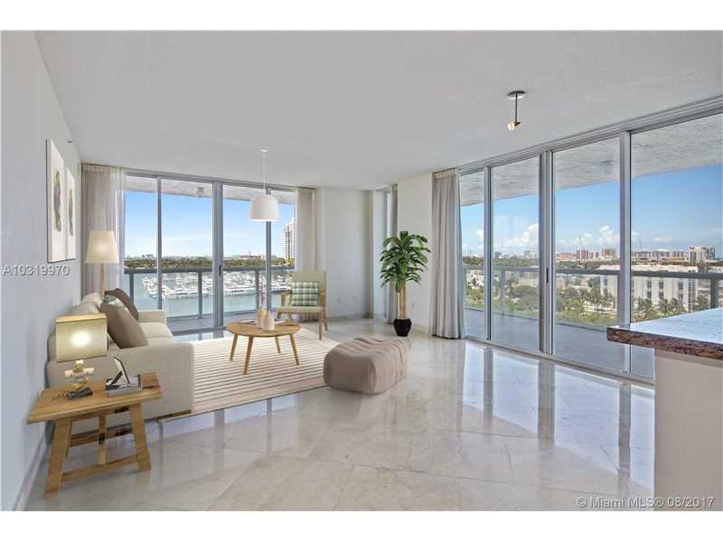 10 Venetian Way 1004, Miami Beach, FL 33139
