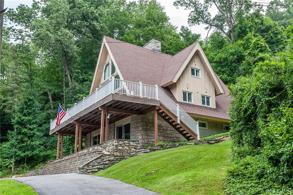 15 Atchison Cove Road, Sherman, CT 06784