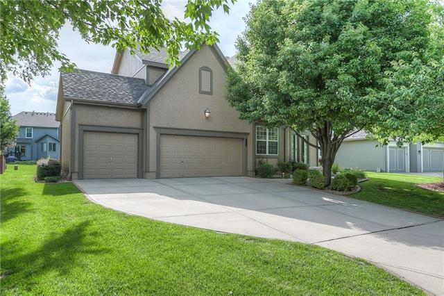 15808 Rosewood Drive, Overland Park, KS 66224