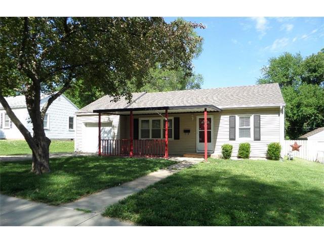 5631 Barton Lane, Shawnee, KS 66203