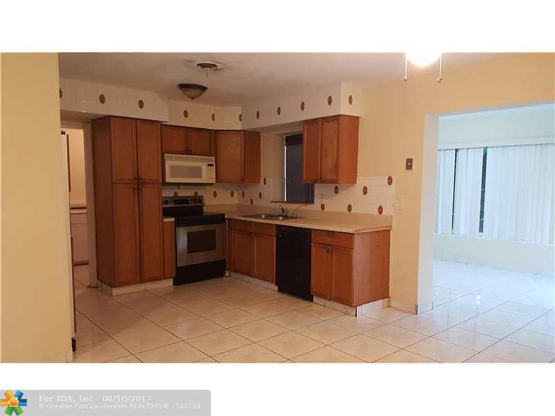 3130 NE 8th Ave, Pompano Beach, FL 33064