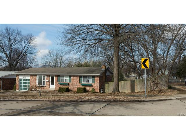 2703 Clager Road, St Louis, MO 63125