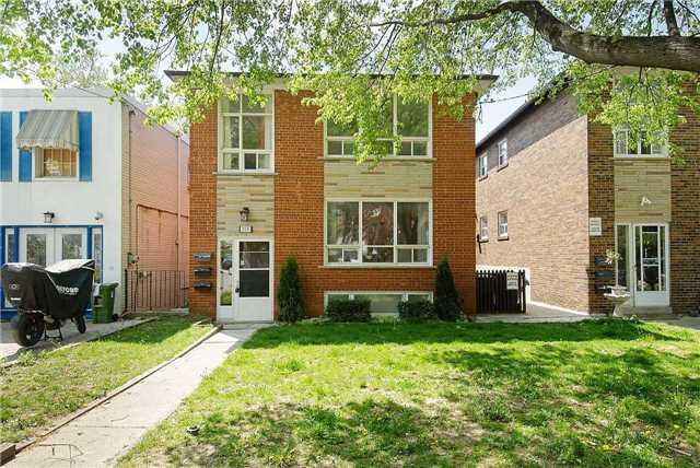 213 Glengarry Ave, Toronto, ON M5M 1E3