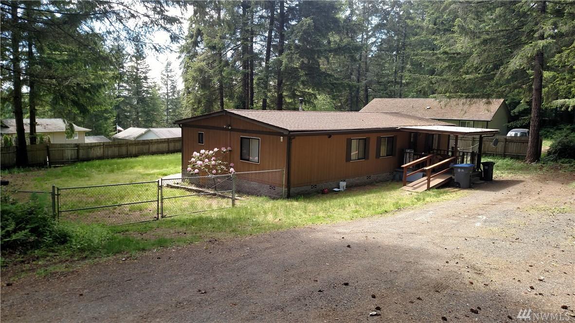 921 NE Larson Lake Rd, Belfair, WA 98528