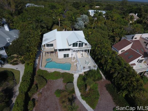1320 Seaspray Ln, Sanibel, FL 33957