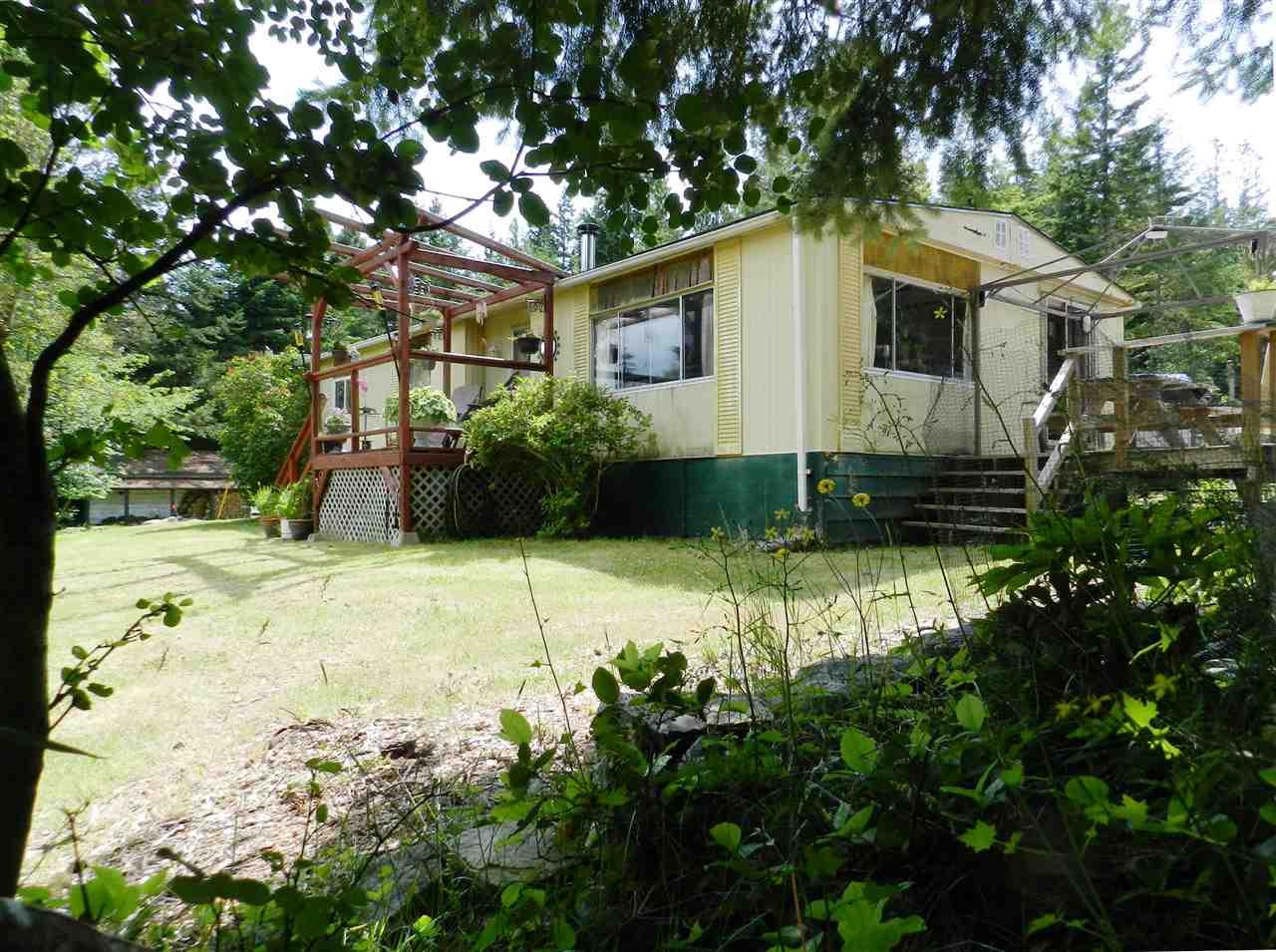 4979 FRANCIS PENINSULA ROAD, Madeira Park, BC V0N 2H0