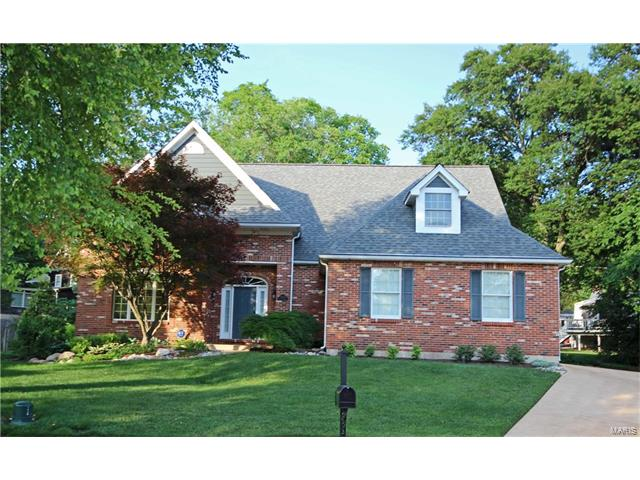 8642 Grantwood Trails Court, St Louis, MO 63123