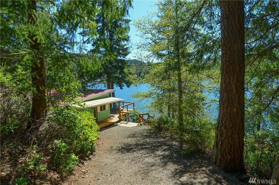 2013 Summit Lake Shore Rd NW, Olympia, WA 98502