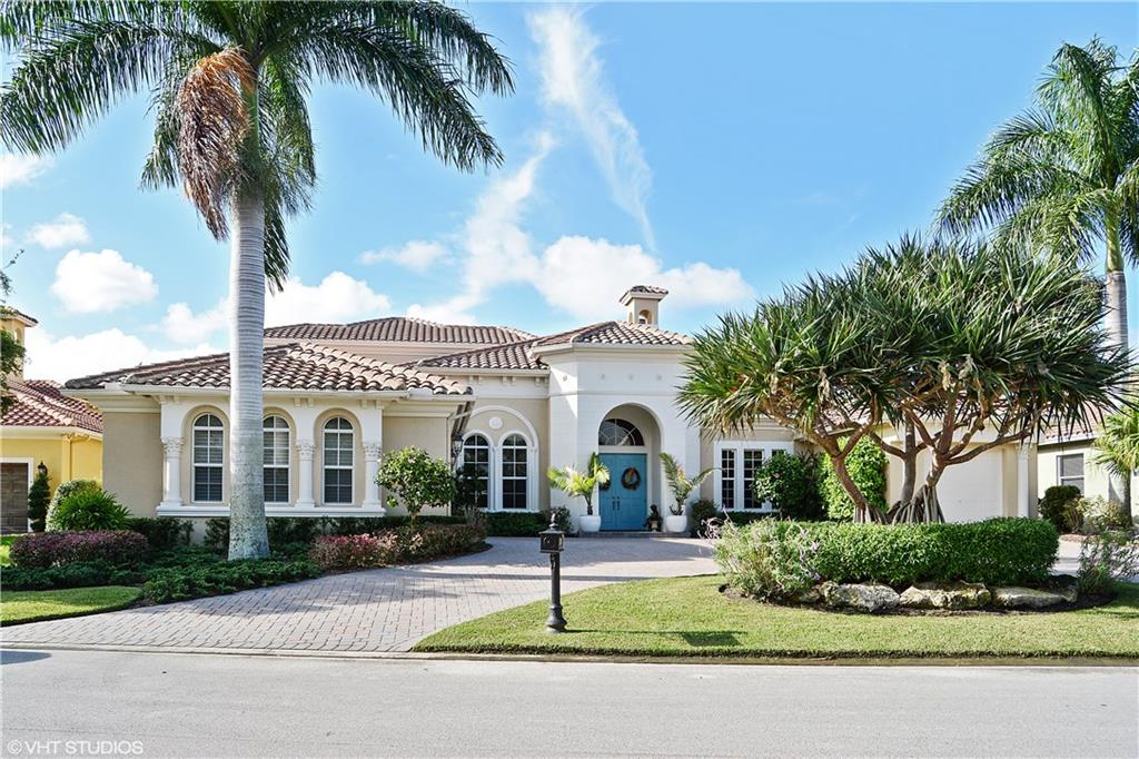 33 SW Palm Cove Drive, Palm City, FL 34990