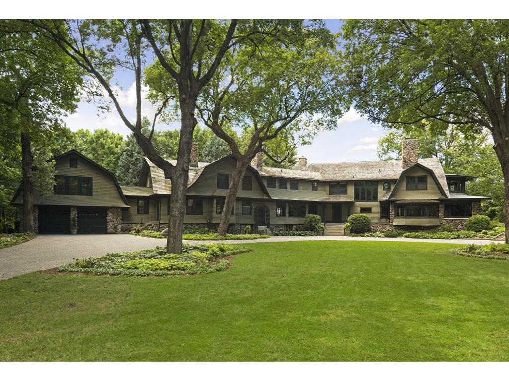 28120 Boulder Bridge Drive, Shorewood, MN 55331