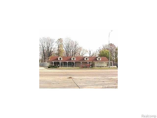 27796 JOHN R Road, Madison Heights, MI 48071