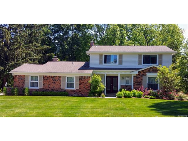 4143 IVERNESS Lane, West Bloomfield Twp, MI 48323