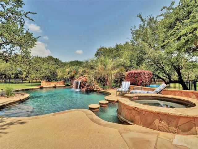 1515 Shinnecock Hills Dr, Georgetown, TX 78628