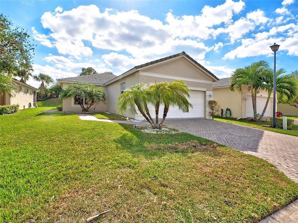872 SW Rocky Bayou Terrace, Port Saint Lucie, FL 34986