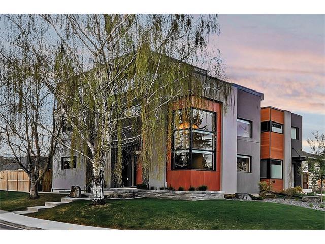 1304 COLGROVE Avenue NE, Calgary, AB T2E 5C4