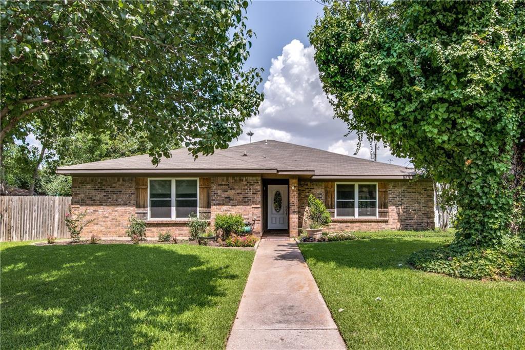 2364 Mockingbird Drive, Grapevine, TX 76051