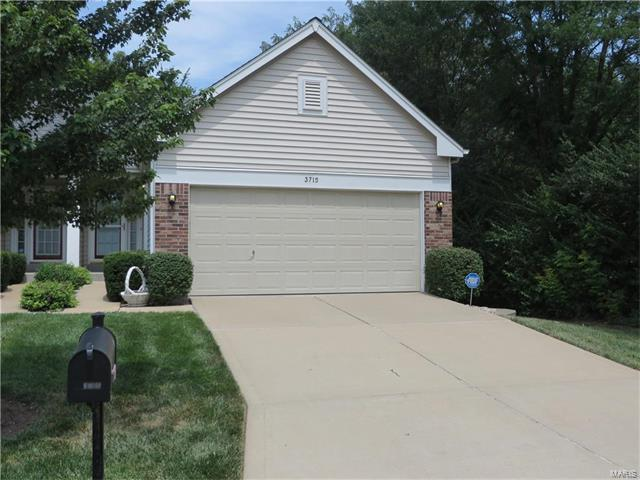 3715 Southern Manor, St Louis, MO 63125