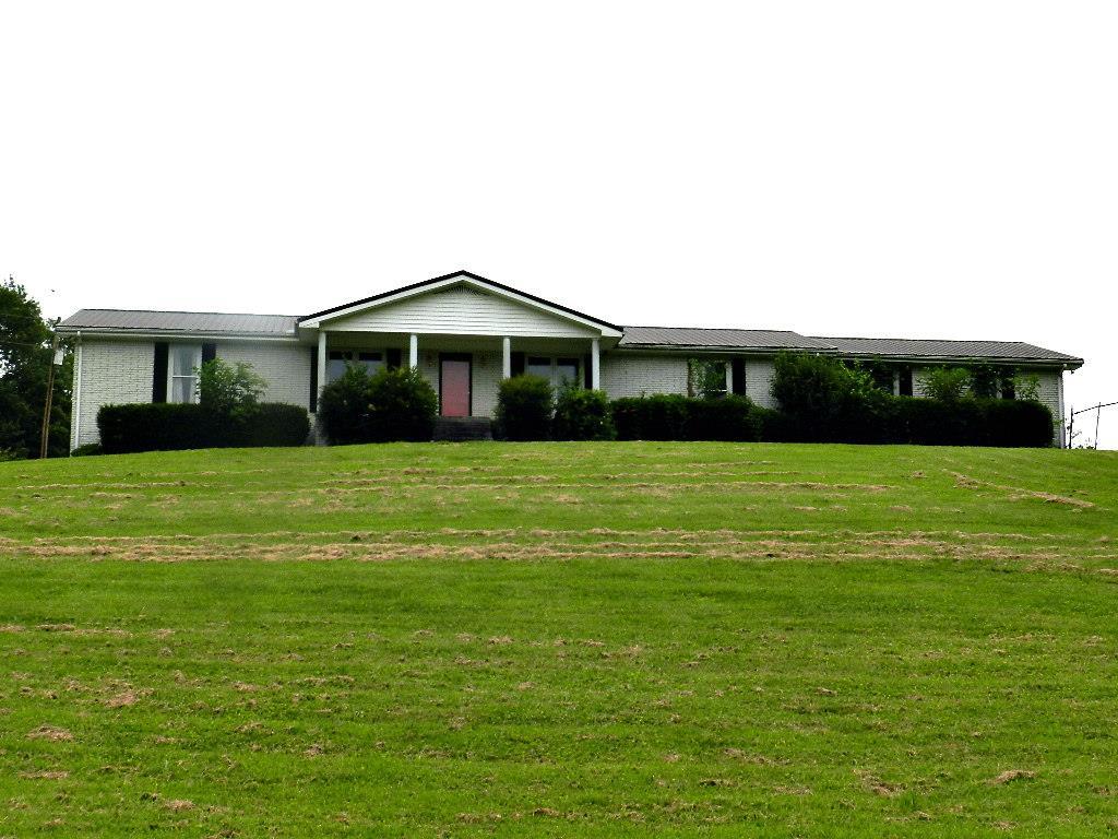 155 Flynns Creek Rd, Gainesboro, TN 38562