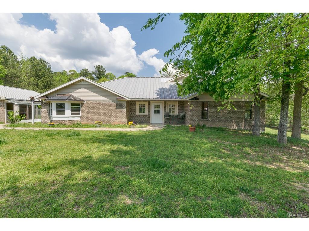 1210 County Road 61 ., Clanton, AL 35046