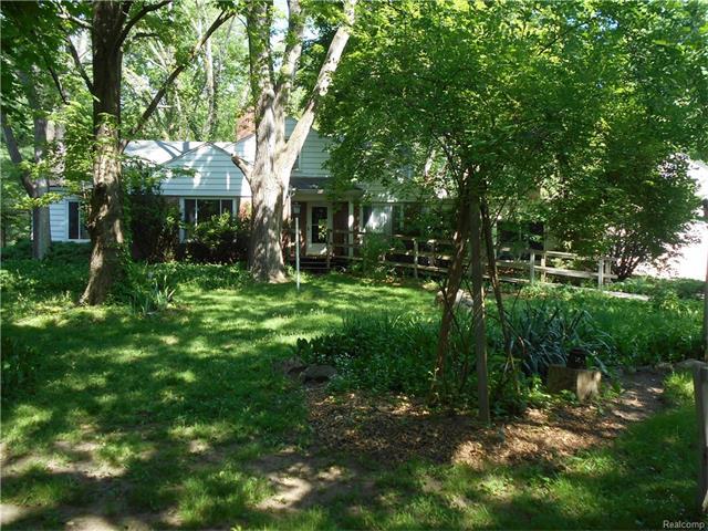 32475 BINGHAM RD, Bingham Farms Vlg, MI 48025